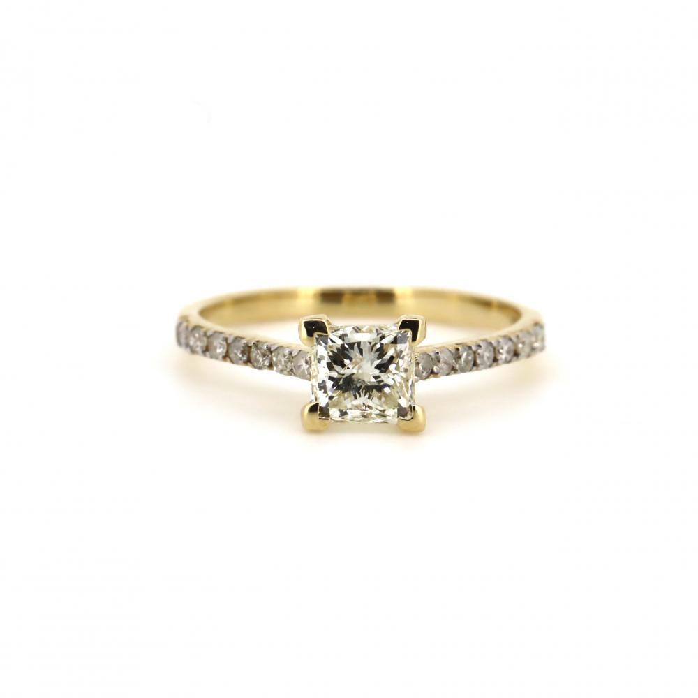 14K Yellow Gold and Diamond, Classic Ring