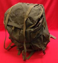Large 'green' U.S. issued Alice pack, with straps