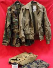 Lot of US camouflage pants, jacket and bag
