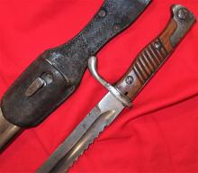 German 98/05 S 'Sawback' Pattern Bayonet, with Scabbard & Leather Frog