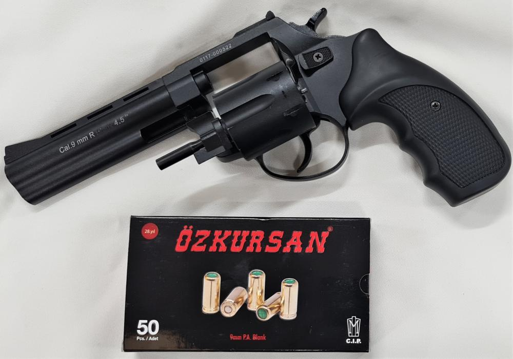 """2000's blank firing Viper 4.5"""" revolver 6 shot pistol by Ekol with box of 50 blank rounds"""