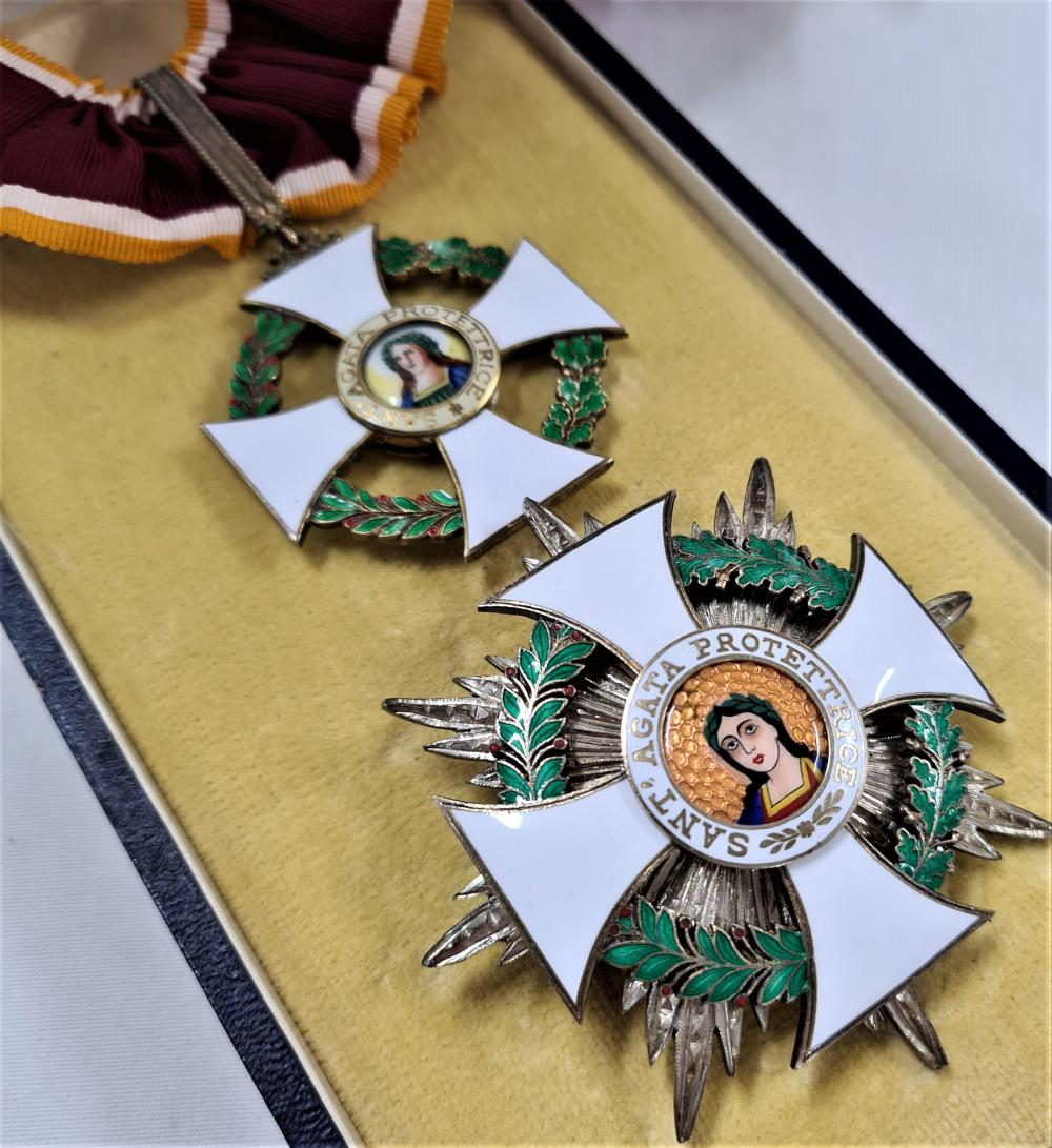 San Marino, Republic, Order of St. Agatha, Grand Officer's set of medals insignia, by Cravanzola, Rome