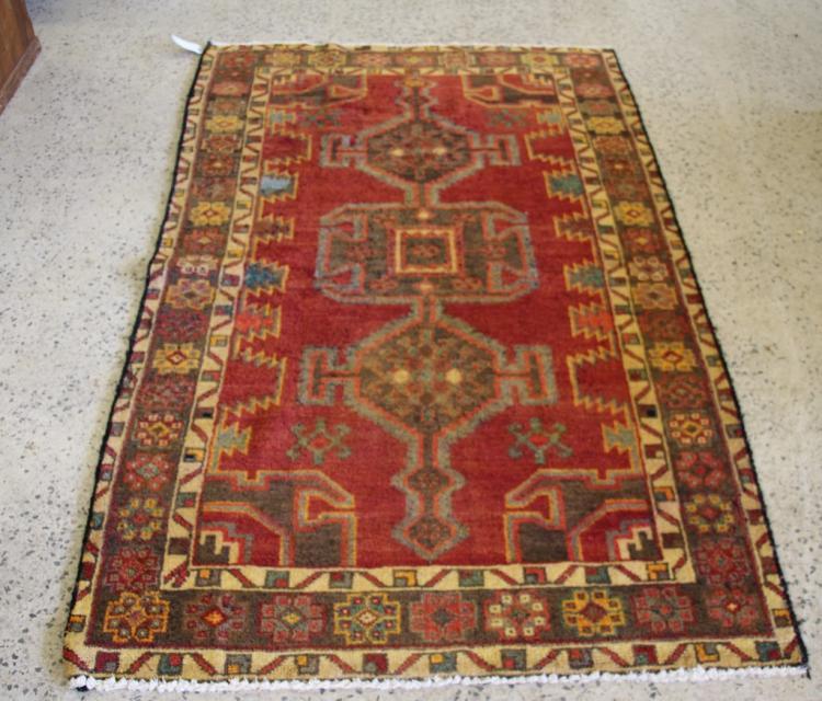 Persian Azerbaijan Carpet 71942