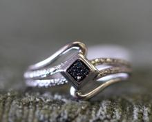 Blue diamond / sterling silver ring