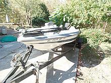 Stratos 260 16' fishing boat , motor , trailer