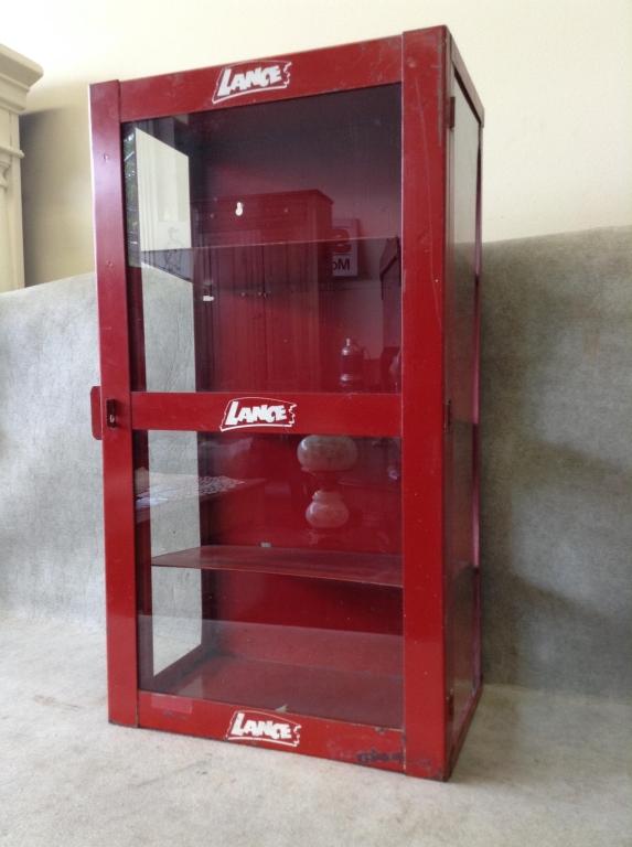 Ca 1940 50 39 S Lance Countertop Display Cabinet