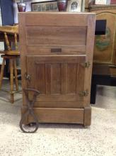 Antique Knickerbocker Ice Box Refridgerator