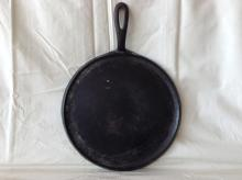 Early Griswold #9 Cast Iron Griddle