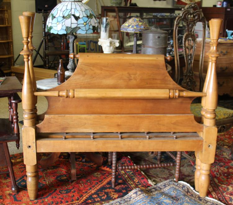 Antique ca 1800 39 s scrolltop rope bed for 1800 beds