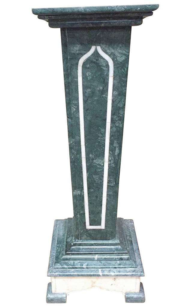 Nice Continental Verde & White Pedestal