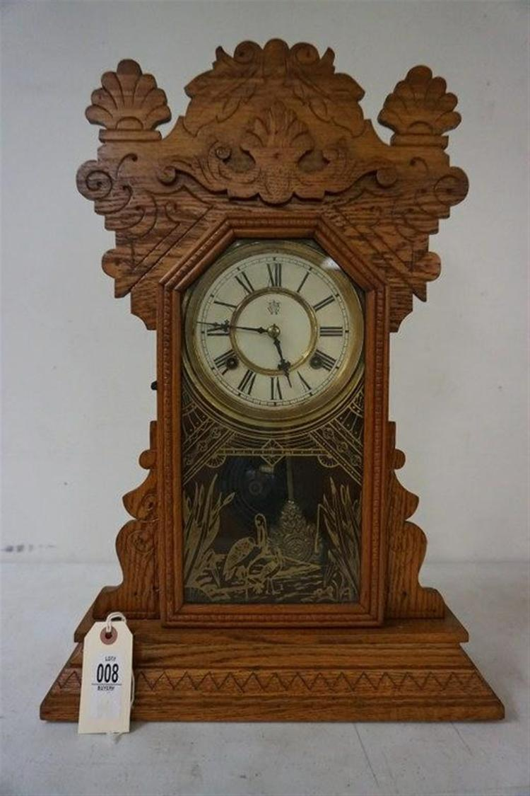 WATERBURY CLOCK CO. JAMAICA OAK MANTEL CLOCK, RUNNING, HAS PENDULUM, LABEL ON BACK, ORIGINAL GLASS. FROM THE MARS COLLECTION, AS PICTURED