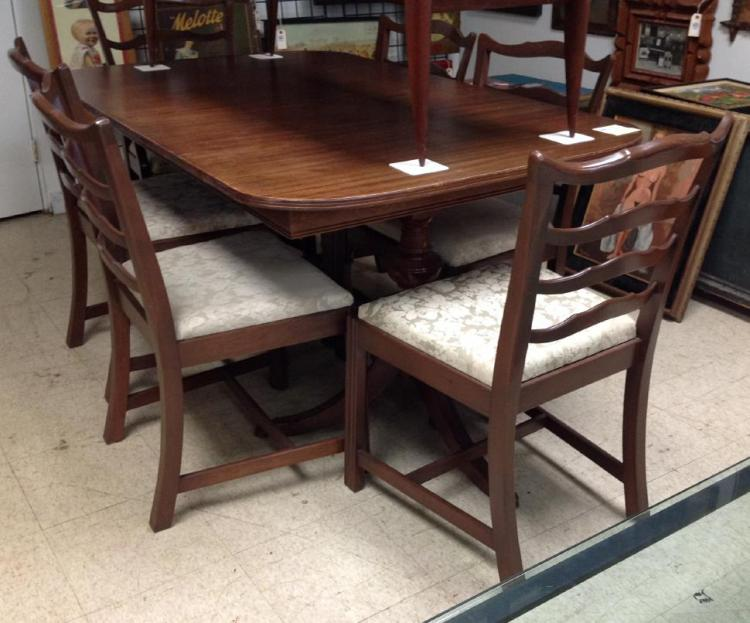 Sensational Mahogany Formal Dining Room Set With 6 Ribbon Back Chairs Short Links Chair Design For Home Short Linksinfo