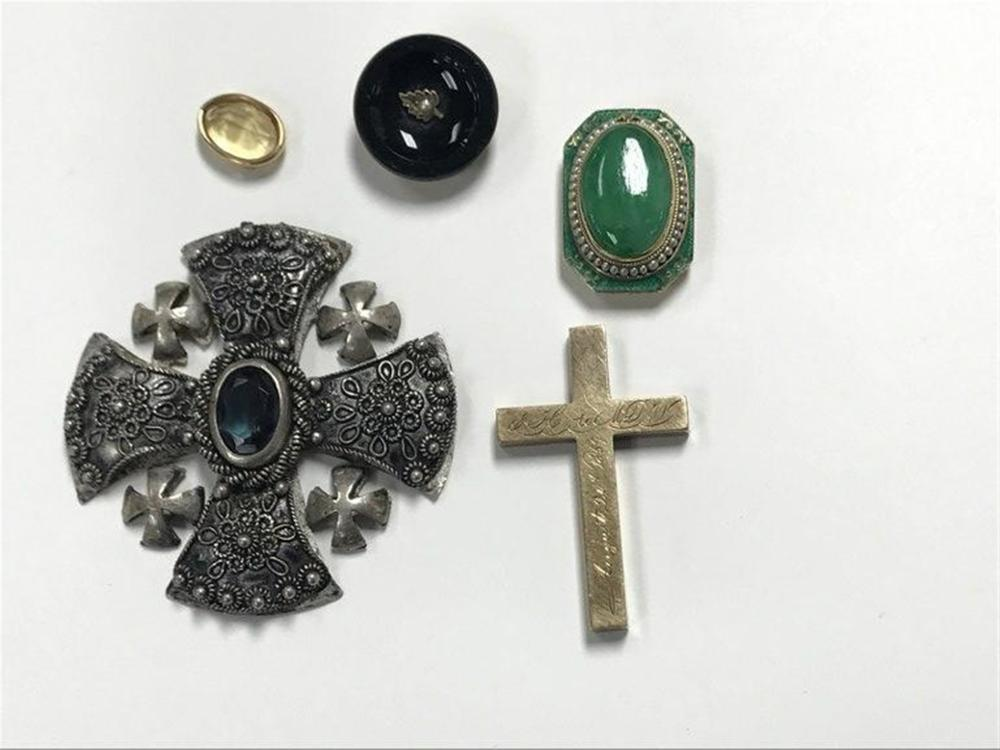 "(4) PC. JEWELRY LOT FROM SAFE OF HUDSON VALLEY MONASTERY, INCLUDING RUSSIAN 12K GOLD CRUCIFIX DATED 1857, SMALL ROUND PIN OR BUTTON WITH BLACK GLASS SMALL GOLD LEAF WITH PEARL INSET, STERLING CROSS WITH AMETHYST IN CENTER, MARKED ON BACK BETHLEHEM, MEASURES 2 1/8"" X 2 1/8"", AND 18K GOLD & GREEN JADE PENDANT PIECE INSET WITH SMALL PEARLS ....."