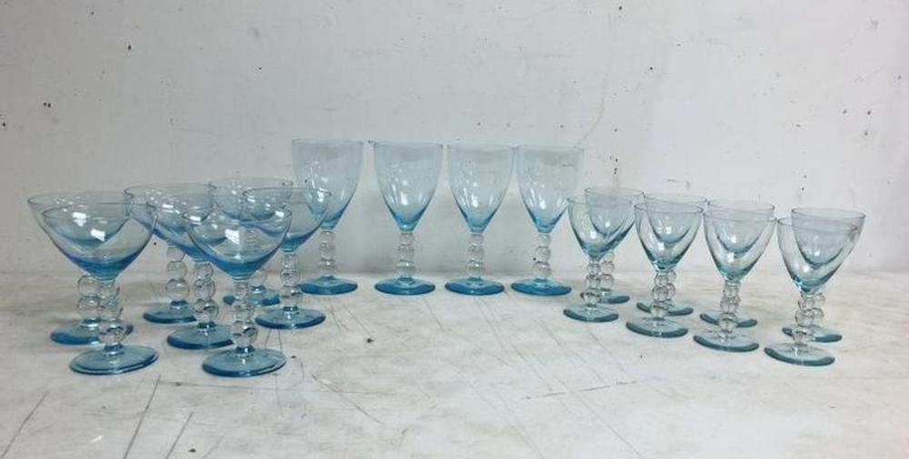 19 EARLY BLUE TO CLEAR GOBLETS, 3 DIFFERENT SIZES, 4