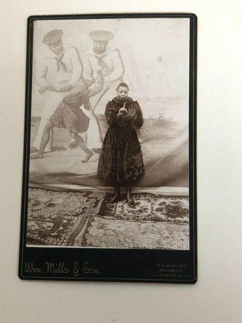 FREAK SHOW OR SIDE SHOW CABINET CARD BLACK WOMAN