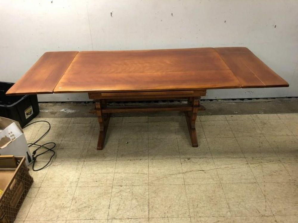 CUSHMAN MAPLE REFRACTORY DINING ROOM TABLE