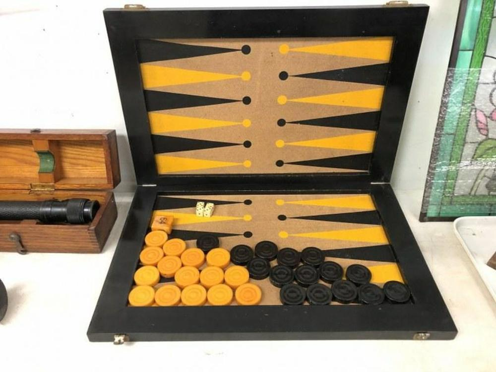 CIRCA 1950'S BACKGAMMON GAME WITH BAKELITE PIECES,