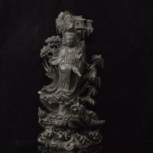 Sandalwood Guanyin statue