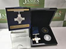 Bradford Exchange The George Cross 24ct Gold & Silver Set