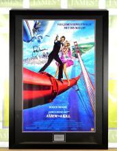 A James Bond 007 Sir Roger Moore