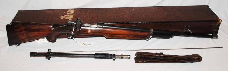 U.S. SPRINGFIELD MODEL 1922 M2 BOLT ACTION  RIFLE WITH SCOPE AND CASE - MFG 1922 TO 1933  - INCLUDES WOOD CASE - LEATHER SLING - LYMAN  GLOBE AND PEEP SIGHTS - WINCHESTER SCOPE -  BBL 27 INCHES - WALNUT STOCK - .22 CAL - SERIAL # 20215 - CONDITON IS EXCELLENT TO  GOOD WORKING CONDITION