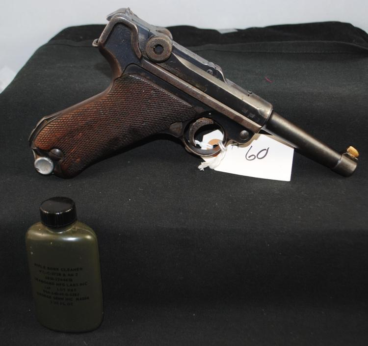 GERMAN 9MM LUGER PISTOL BROUGHT BACK FROM WW  II - MARKED GESICHERT - S42 - SERIAL 4251 -  WITH CLIP - MILITARY RIFLE BORE CLEANER -  HOPPE'S GUN GREASE