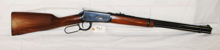 WINCHESTER MODEL 94 30-30 CAL LIVER ACTION   RIFLE - SERIAL NUMBER 2020464WITH BOX OF  REMINGTONN KLEANBORE 30-30 WINCHESTER SHELLS