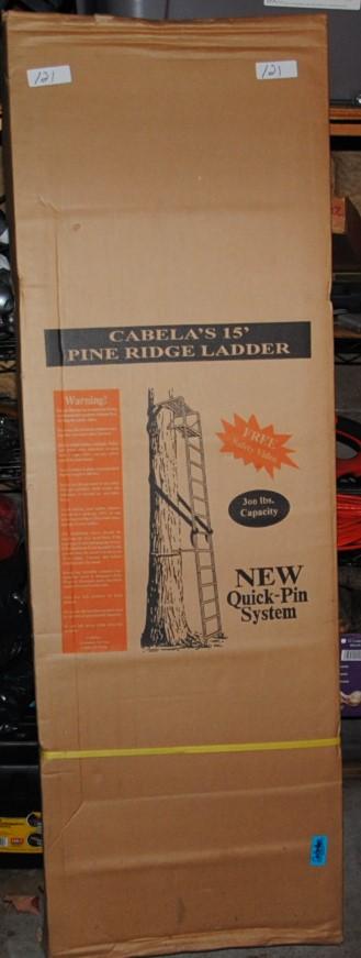 NEW IN BOX CABELAS PINE RIDGE DEER/LADDER STAND - 300 LB CAPACITY