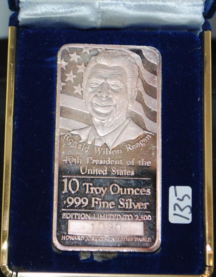 RONALD WILSON REAGAN - 40TH PRESIDENT OF THE  UNITED STATES -10 TROY OUNCE .999 FINE SILVER  LTD EDITION COMMEMORATIVE INGOT IN DISPLAY  CASE