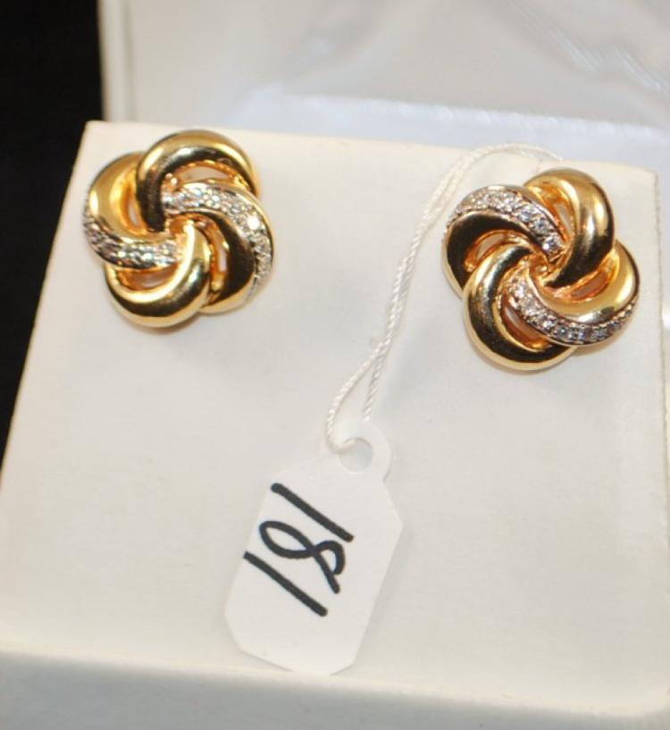 LADIES 14K YELLOW GOLD DIAMOND EARRINGS