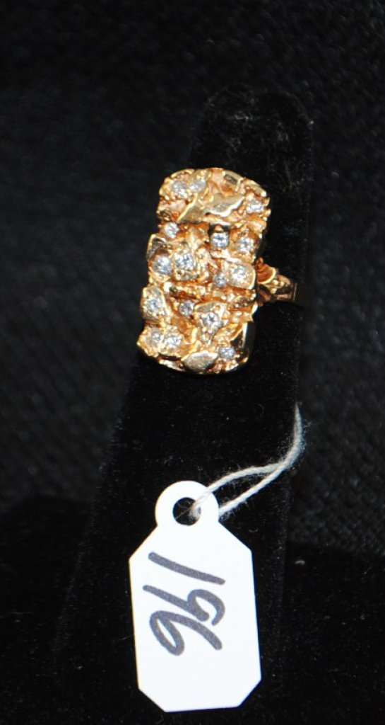 FANCY 14K YELLOW GOLD DIAMOND NUGGET RING