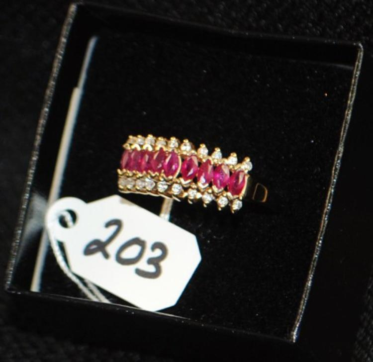 LADIES 14K YELLOW GOLD DIAMOND & RUBY FASHION RING