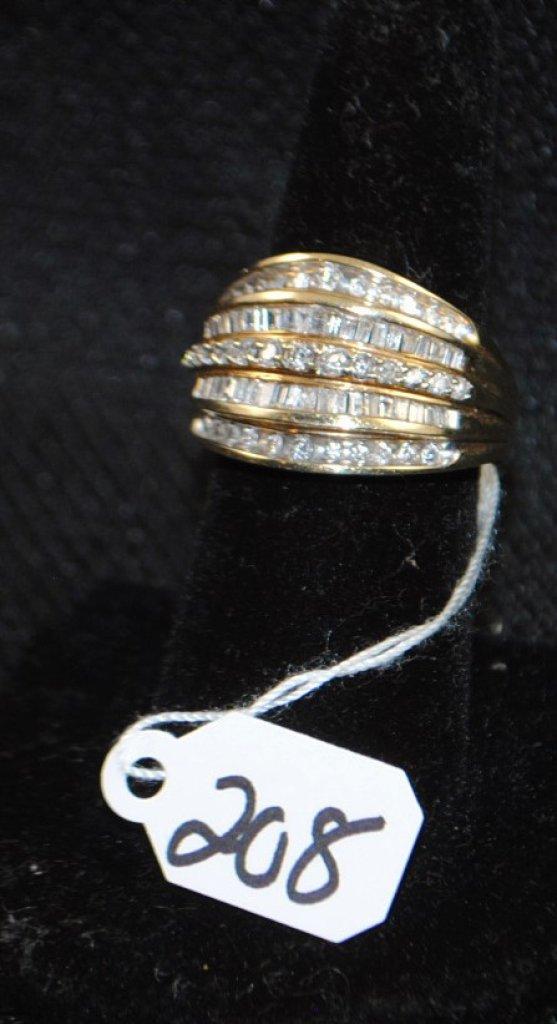 LADIES 10K YELLOW GOLD DIAMOND FASHION RING