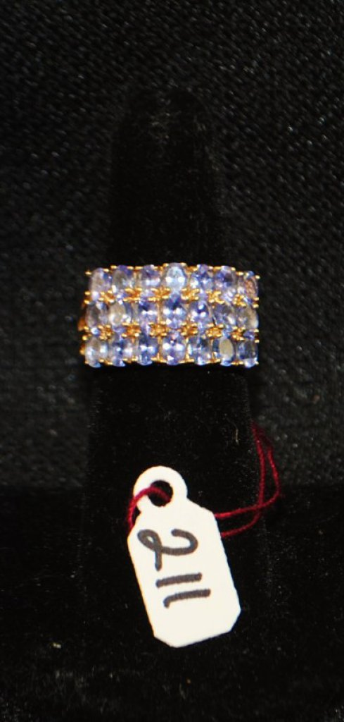 LADIES 14K YELLOW GOLD TANZANITE FASHION RING