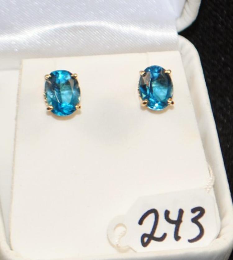 LADIES 14K YELLOW GOLD BLUE ZIRCON EARRINGS