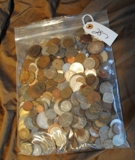 BAG OF 100'S OF FOREIGN COINS FROM SAFE DEPOSIT