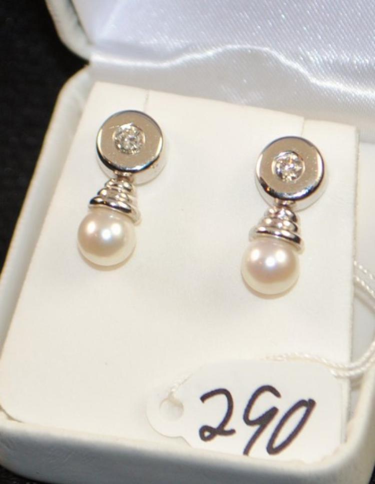 LOVELY LADIES DIAMOND & PEARL 14K EARRINGS