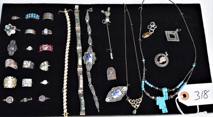 29 PIECES OF VINTAGE STERLING SILVER JEWELRY, BRACELETS, NECKLACES, PENDANTS, PINS, RINGS ETC
