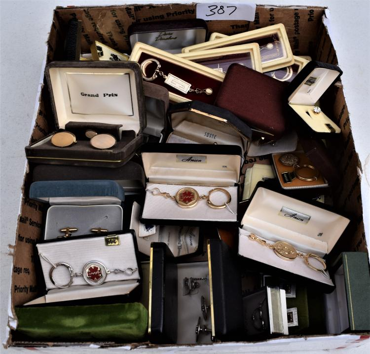 TRAY OF MENS VINTAGE JEWELRY IN ORIGINAL BOXES - NEVER USED