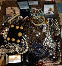 TRAY OF COSTUME JEWELRY & RELATED