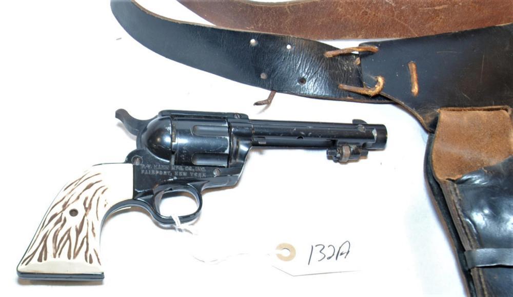 P Y Hahn Mfg Co2 Quot 45 Quot Bb Revolver Amp Holster
