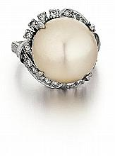 Platinum, South Sea Pearl and Diamond Lady's Ring