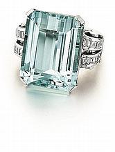 18kt White Gold, Aquamarine and Diamond Lady's Ring