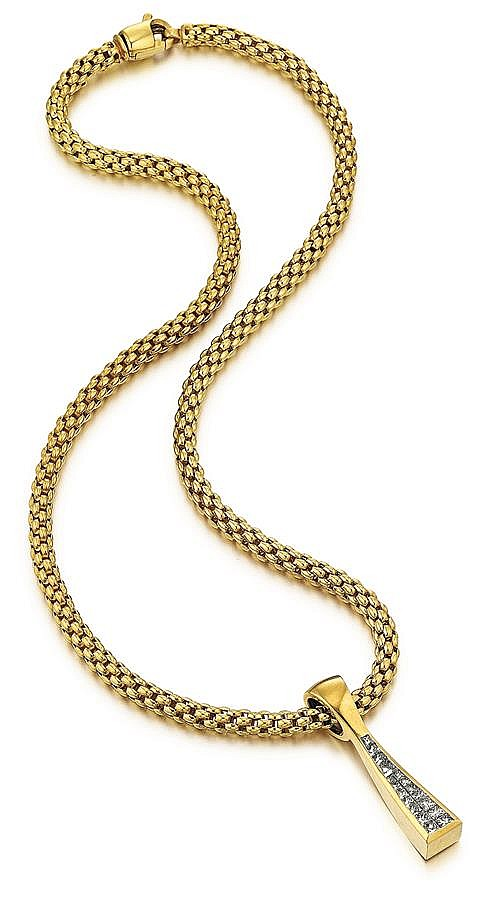 18kt Yellow Gold and Princess Cut Diamond Pendant and Neck Chain