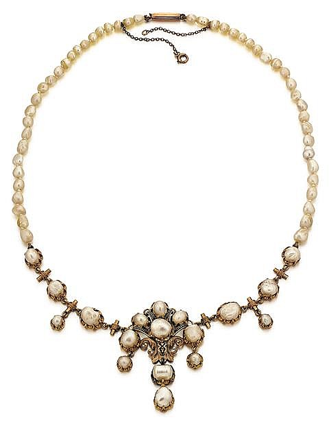 Antique Yellow Gold and Natural Pearl Lady's Necklace, L.18