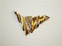 14kt Yellow Gold and Diamond Lady's Pin