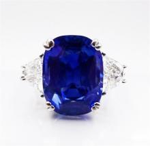 Fine Jewels & Timepieces Auction