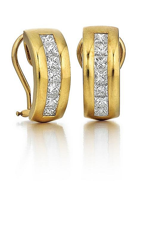 Tiffany & Co., 18kt Yellow Gold and Diamond Lady's Earrings, Pair