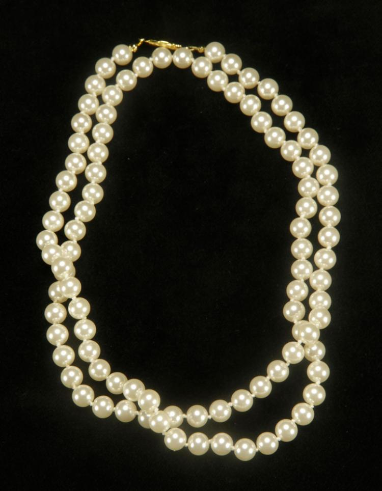 Ladies' Imitation Pearl Necklace