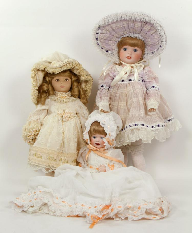 Lot of 3 Shader's Dolls